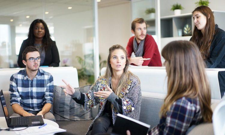 4 Reasons Why You Should Use a Digital Marketing Agency